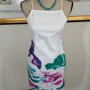 Dresses & Skirts - SUMMER PATTERN DRESS 💥